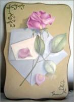 ピンクのバラのついた黄色いBOX (上から)